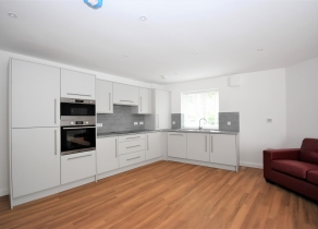 8 Flass Vale Mews