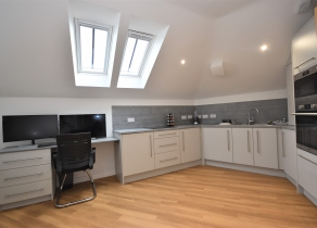 6 Flass Vale Mews